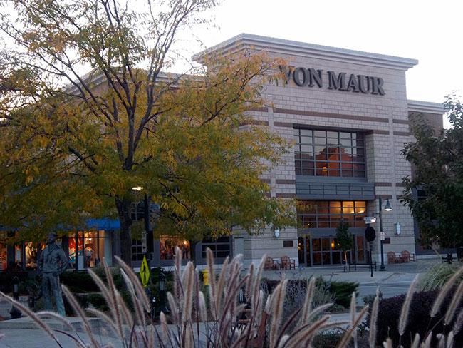 The Glen Town Center, Glenview