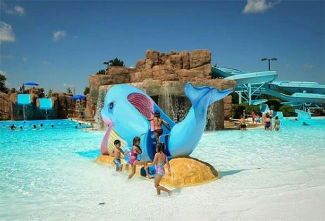 Family Aquatic Center, Wheeling