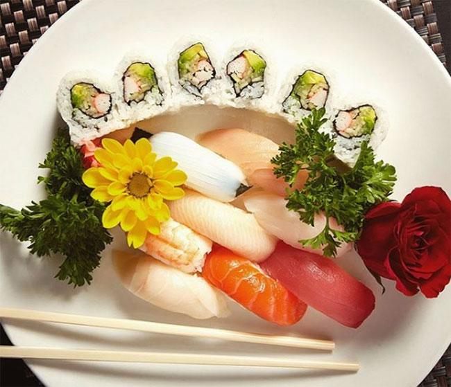 Koi Fine Asian Cuisine & Lounge, Evanston